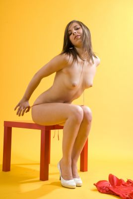 Marika Ferrero's erotic picture set'