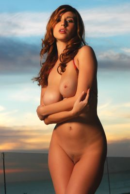 Shay Laren  's erotic picture set'