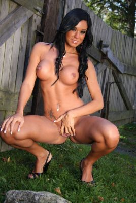 Ashley Bulgari is so hot and decided to get naked in her yard.
