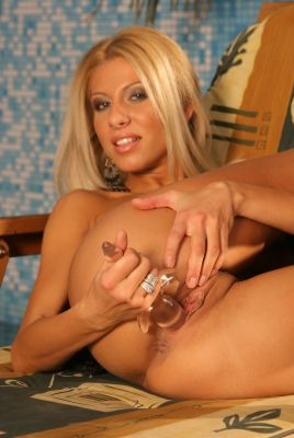 Clara G is a dildo lover. Take a look at how you can have fun with it.