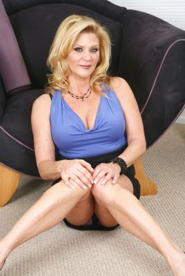 Ginger Lynn main bio picture